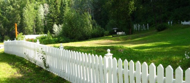 Beautiful Garden, What About Adding a Fence?