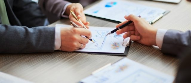 Accountant In Epsom: Advantages Of Hiring